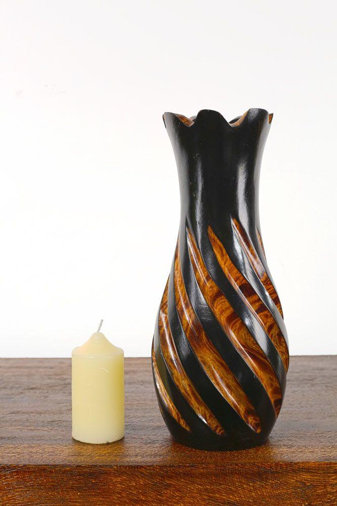 30cm Mangowood Vase Hollow Pineapple