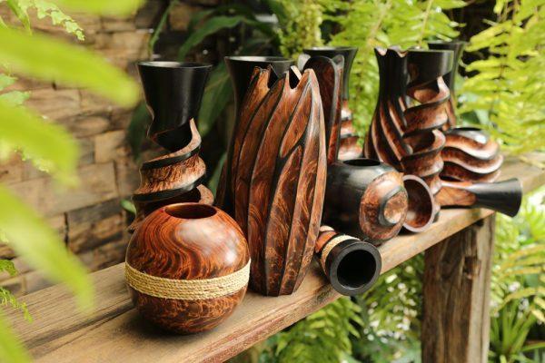 30cm Mangowood Vase Medium Hollow