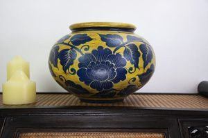 32cm Hand Painted Pottery Gold With Blue Flower And Leaf Design