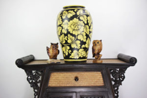 47cm Hand Painted Pottery Black With Gold Flower And Leaf Design