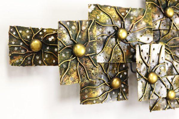 Metal Abstract Sunburst Designed Wall Art