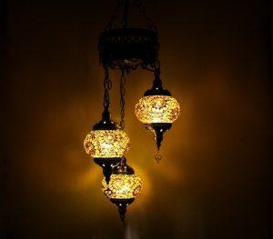 3 Globe Hanging Chandelier